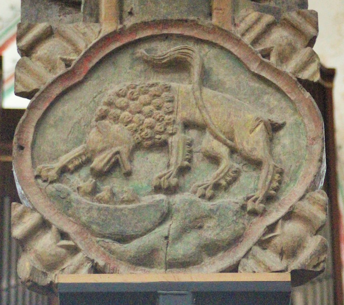 Fig 8. The lion of resurrection waking his cubs to life at the third day. The motif is appropriate on the crucifix. St Nicholas church, Stralsund. Photo: Morten Stige.